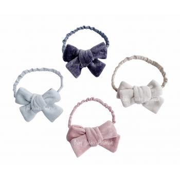 Velor headband with a bow