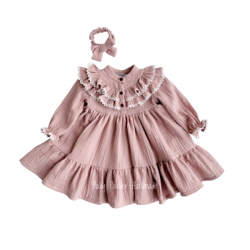 Muslin dress with ruffle and lace