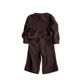 Dzianinowy komplet z szerokimi spodniami