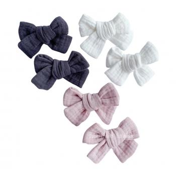 Muslin bow clip